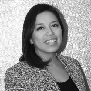 Licenciada en derecho por la universidad de La Salle (Mexico D.F.) y diplomada en Comercio Internacional por el ICEX y la Cámara Madrid. Con una amplia experiencia en el sector ventas, ocupa el puesto de Directora Comercial para toda España en Alarwool desde abril de 2015.